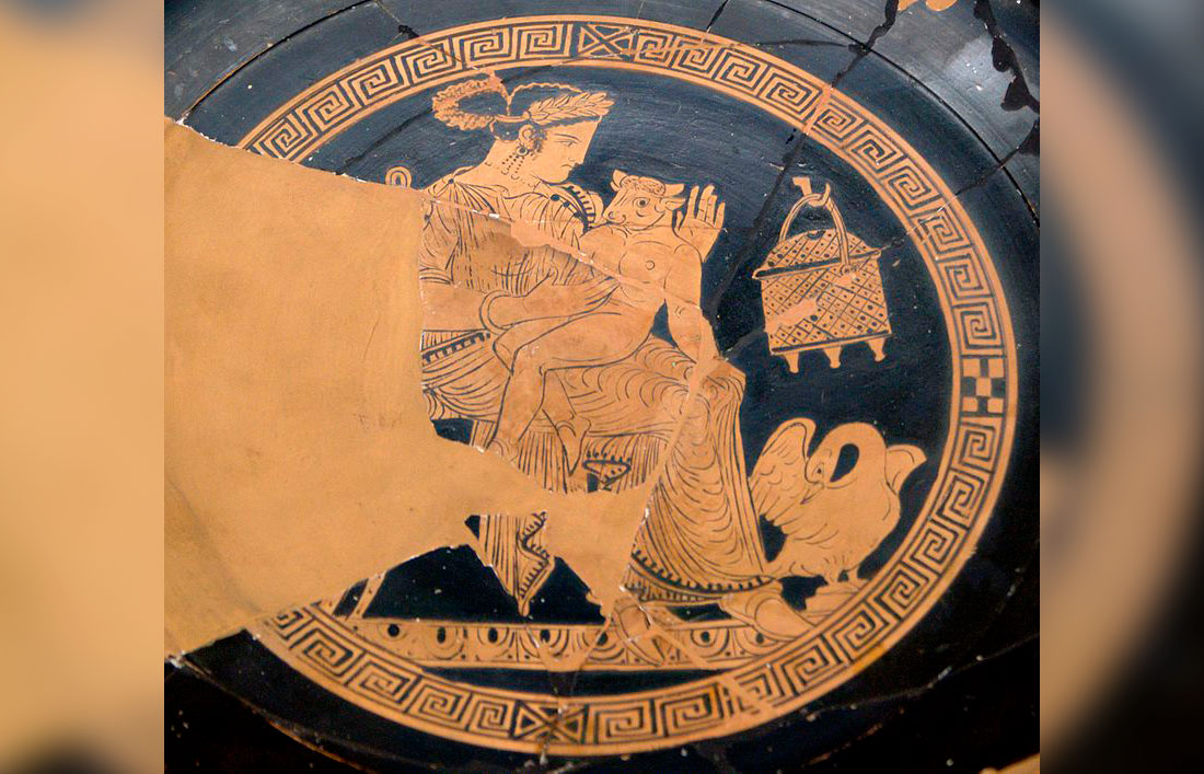 Pasiphaë and the Minotaur. Tondo of an Attic red-figure kylix, 340-320 BC. From Vulci